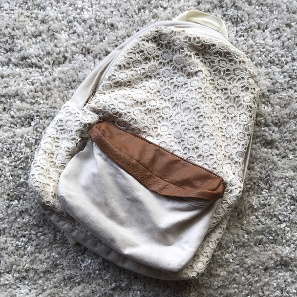 Tilly's Handbags - Cream and Brown Backpack